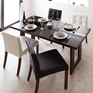 ダイニングテーブル 使用イメージ