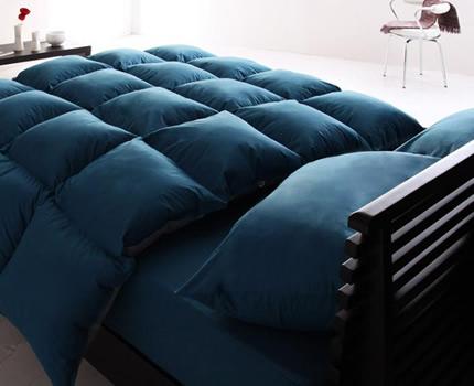 寝室に上質な雰囲気を