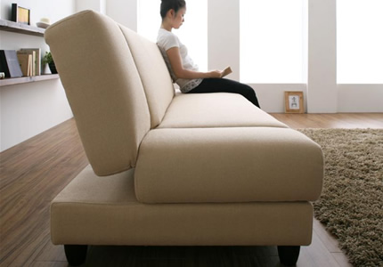 くつろぐのにぴったりの座り心地&リクライニング
